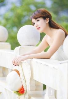Hot girl Linh Napie - Vẻ đẹp dịu dàng mà quyến rũ