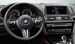 2013-BMW-M6-Gran-Coupe-cockpit-up-front aa